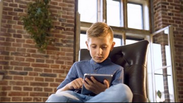 Parents Text Their Kids 'I Love You' More Often Than 'When Will You Be Home?'