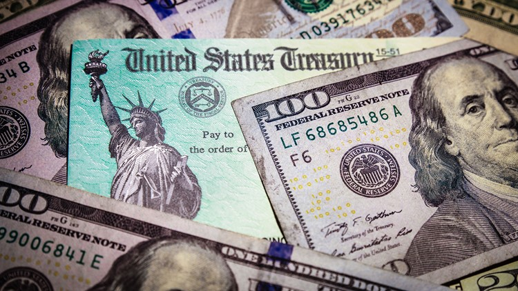 IRS tax refunds to start in May for $10,200 jobless benefits break