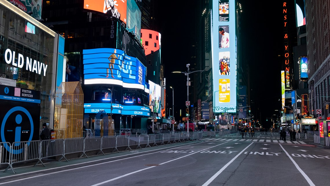 Reports: Two women, toddler shot in NYC Times Square