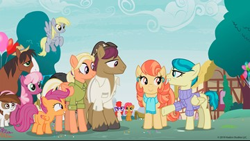 'My Little Pony' introduces first lesbian couple