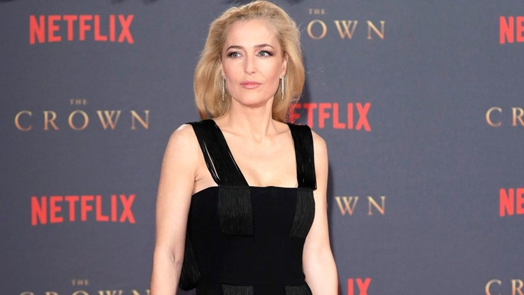 Gillian Anderson Addresses Accent Questions and Alec ...