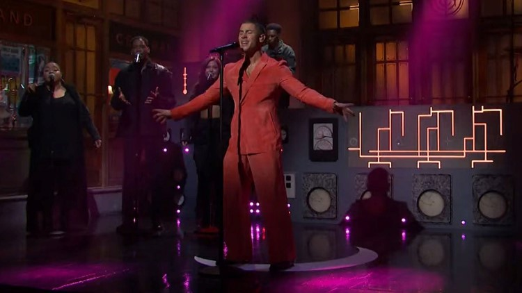 Nick Jonas Delivers Debut Live Performance of 'Spaceman' and 'This Is Heaven' on 'Saturday Night Live'