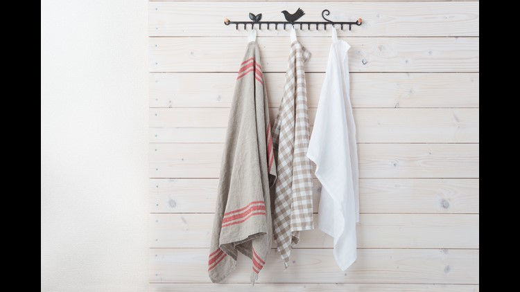 Kitchen Towels Could Contribute to Growth of Pathogens That Cause Food Poisoning