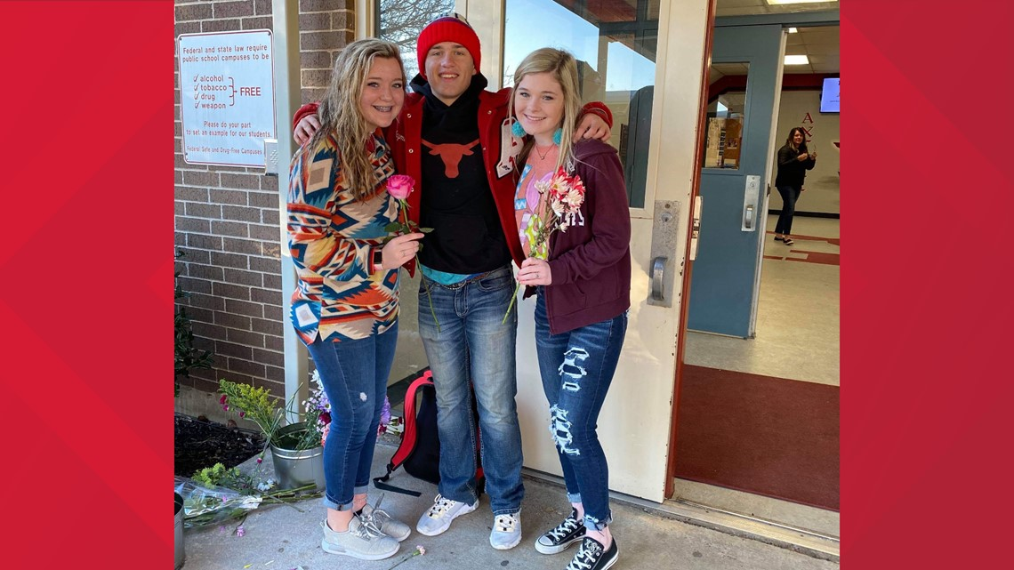 'What a precious heart he has' | Axtell High student gives every girl a flower on Valentine's Day
