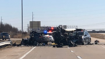 2 moms, 2 daughters from Louisville killed in crash on I-64 near St. Louis