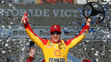 Logano holds off Harvick in NASCAR Cup race at Phoenix