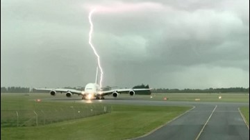 This Is the Moment Lightning Appears to Strike a Plane in New Zealand
