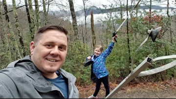 Daddy-daughter duo go on 'Government Shutdown Litter Patrol' instead of hiking in the park