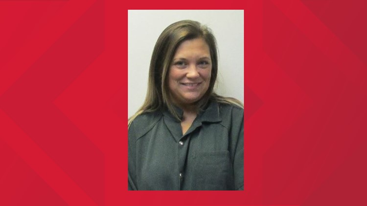 Former New Albany cheer coach facing charges of forgery, theft