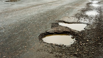What is causing Kentucky's pothole problem?