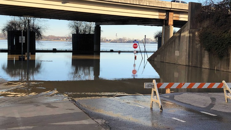 River Road closed at 3rd St. ramp due to flooding