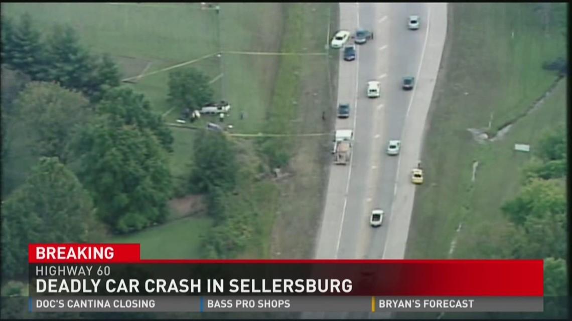 Deadly car crash in Sellersburg, Ind