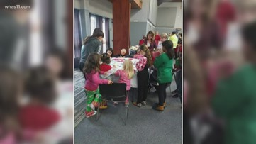 Hardin County woman brings Christmas presents to foster children
