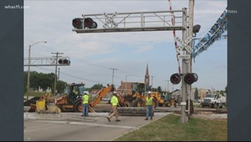 Valley Station Road railroad crossing closed for construction