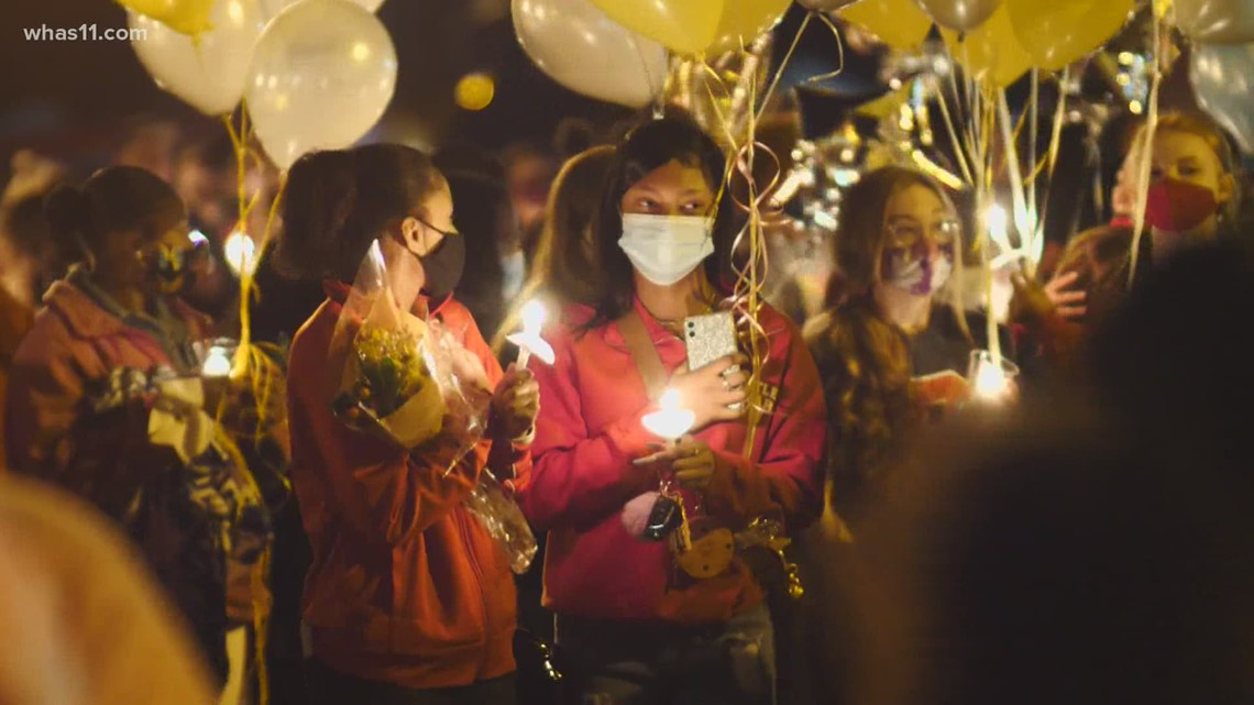 Vigil held for 17-year-old killed in Dixie Highway crash