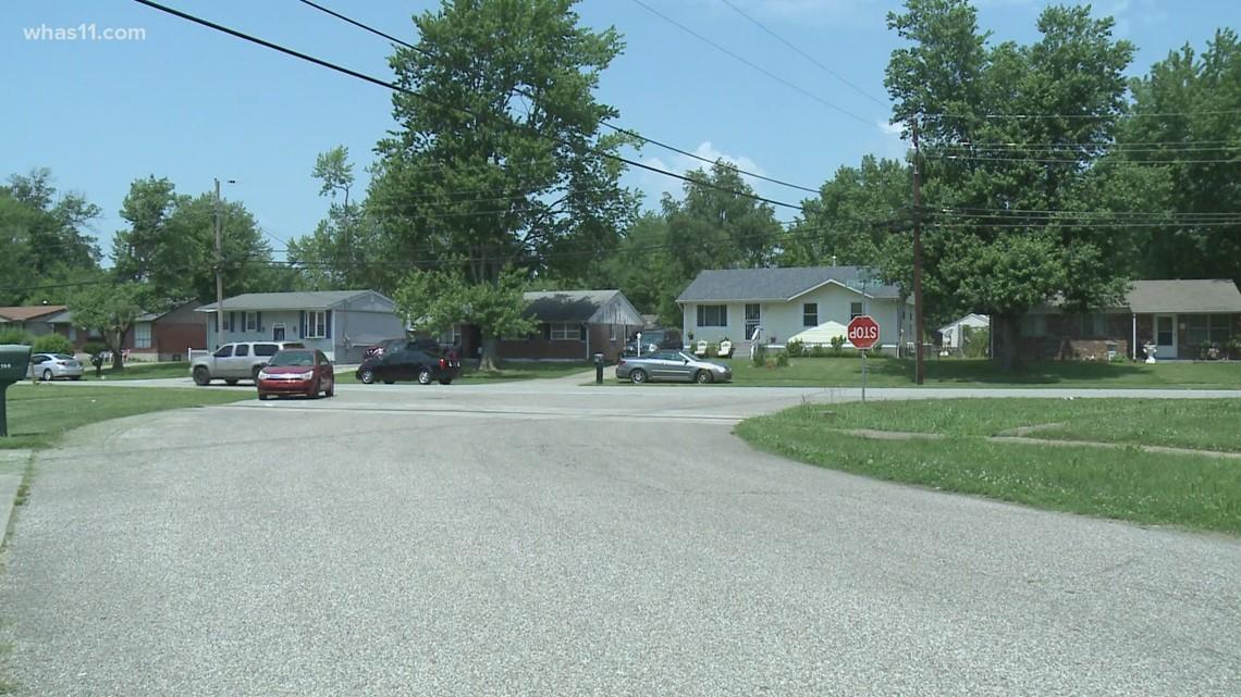 Police investigating quadruple shooting that left 1 dead in Newburg