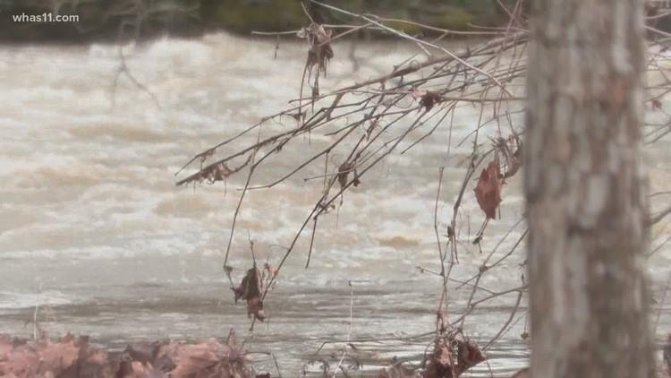 Heavy rain brings flooding to some neighborhoods, roadways across Louisville