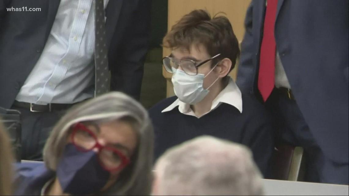 Gunman in 2018 Parkland school massacre pleads guilty