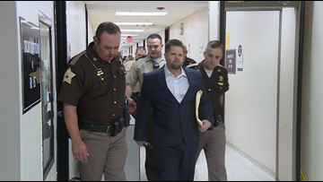 """""""I didn't do it,"""" accused cannibal says he's not guilty hours after jury selected in trial"""