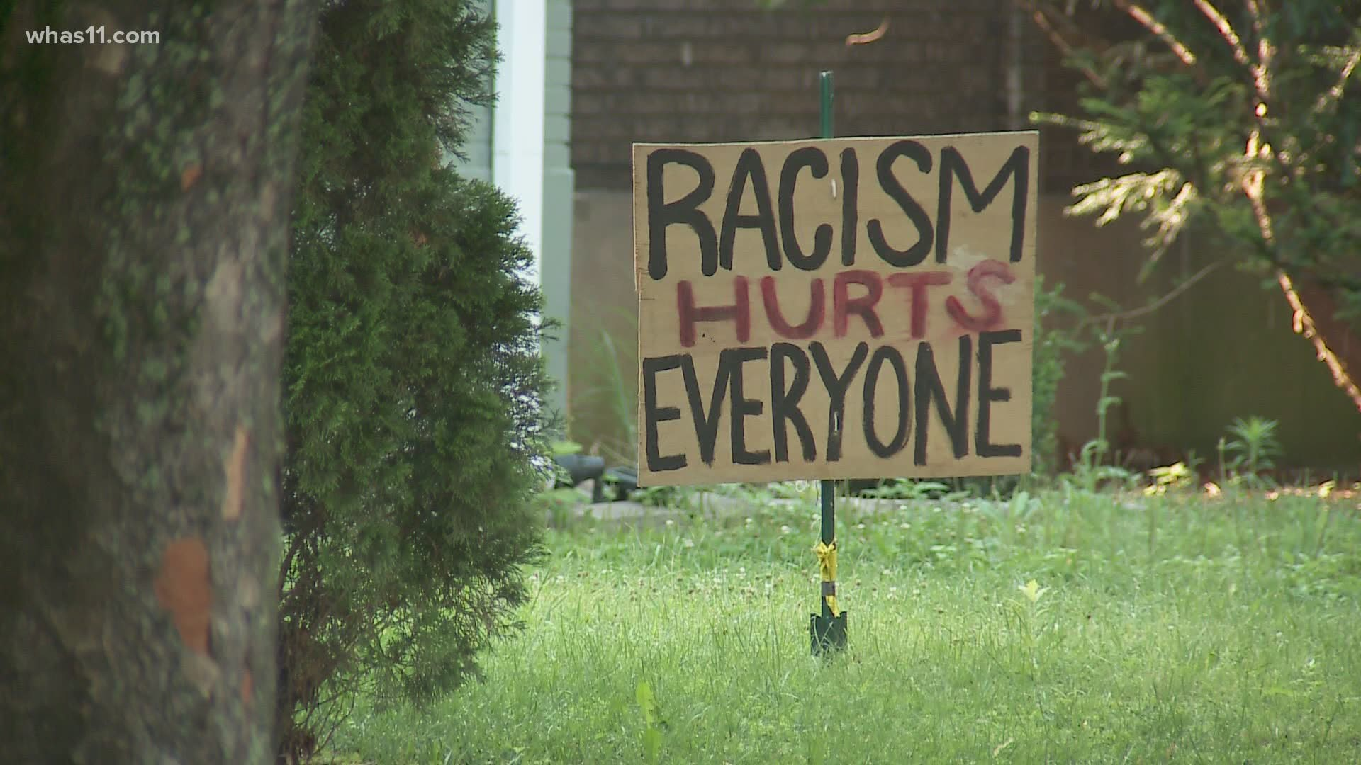 Hillcrest 2020 Halloween Louisville Ky Hillcrest neighbors show support with 'Black Lives Matter' signs