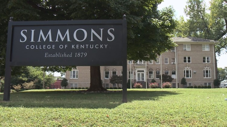 Simmons College pays off $500,000 in school debt for dozens of students