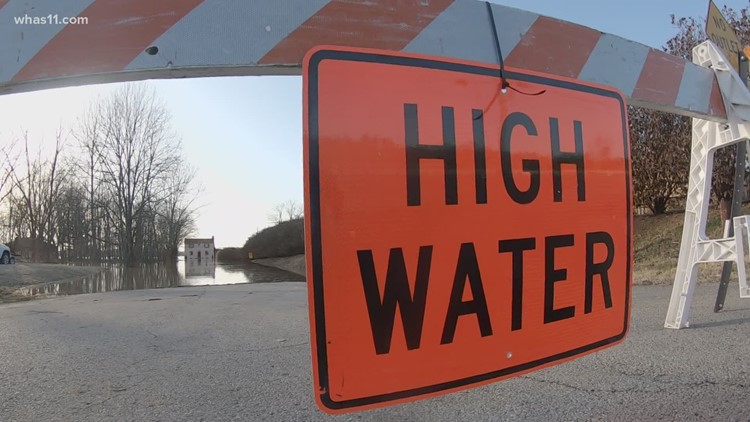 List: Roads close in Louisville due to flooding from Ohio River