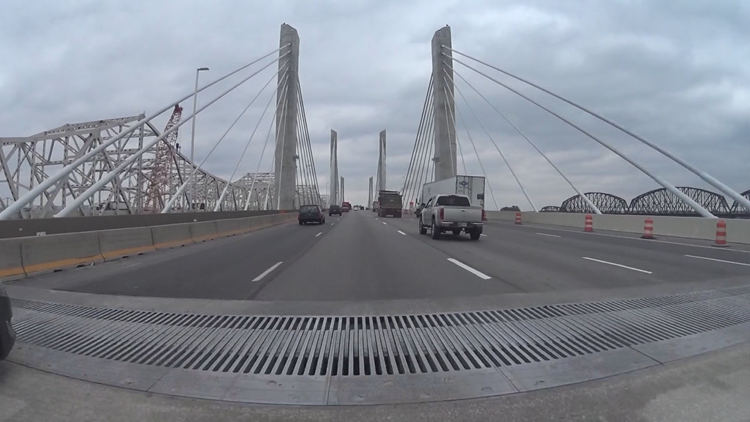 Tolling maintenance to close lanes on Lincoln Bridge Tuesday night