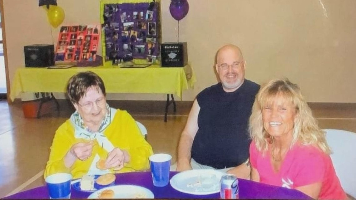 Indiana Pastor, His Mother, and Sister All Die from Coronavirus in One Week