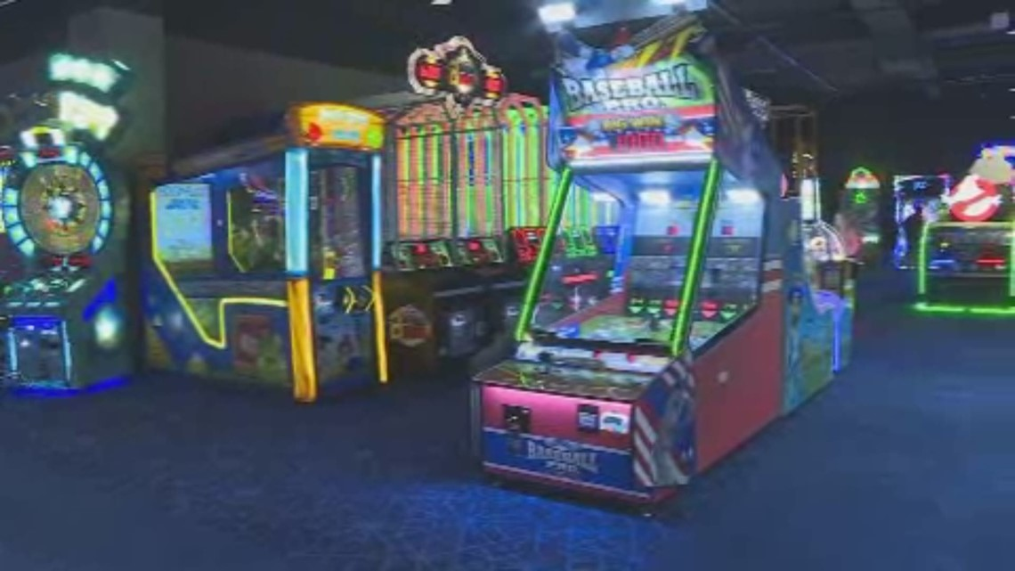 Round One Opens At Jefferson Mall Whas11 Com
