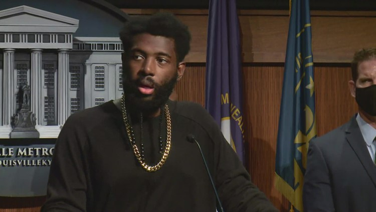 'What is your job?': Councilman strong words for Louisvillians after teens at bus stop shot