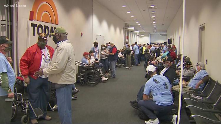 Dozens of Kentuckiana veterans take off for Honor Flight Bluegrass