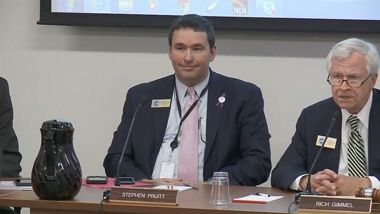 Stephen Pruitt resigns as Kentucky education commissioner