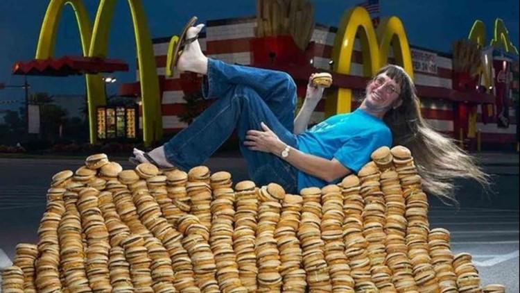 U.S. man eats 30000th Big Mac