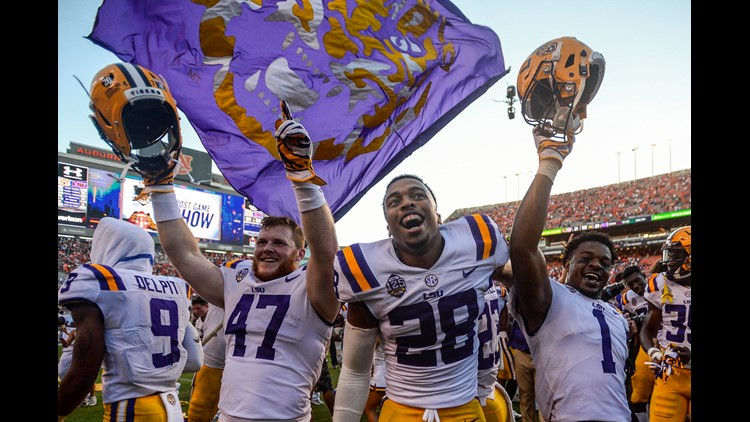 Joe Burrow led LSU (3-0) down the field in the final minutes with clutch plays and two pass interference calls against Auburn (2-1).