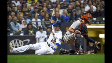 Yelich, Brewers top Tigers; Central tiebreaker vs Cubs looms