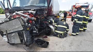 Indianapolis crash kills 3, injures 7