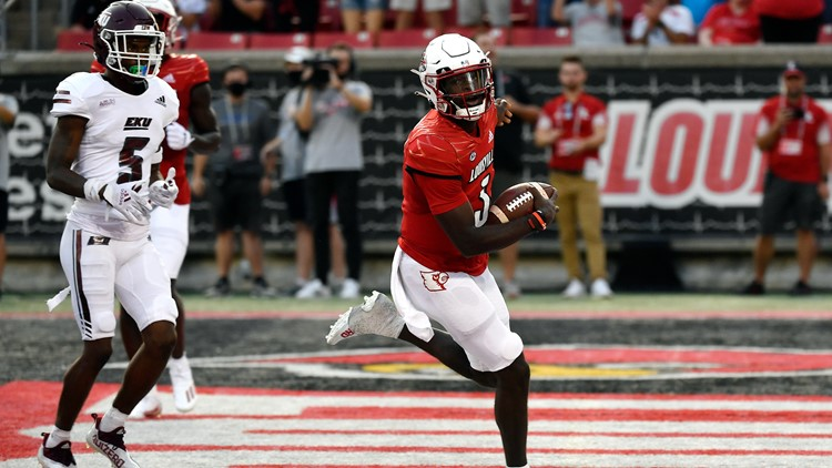 Cunningham leads cards to 30-3 victory over Eastern Kentucky