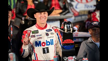 Harvick earns his shot at NASCR Cup title with win at Texas
