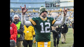 Packers beat sliding Falcons 34-20, 1st win under Philbin