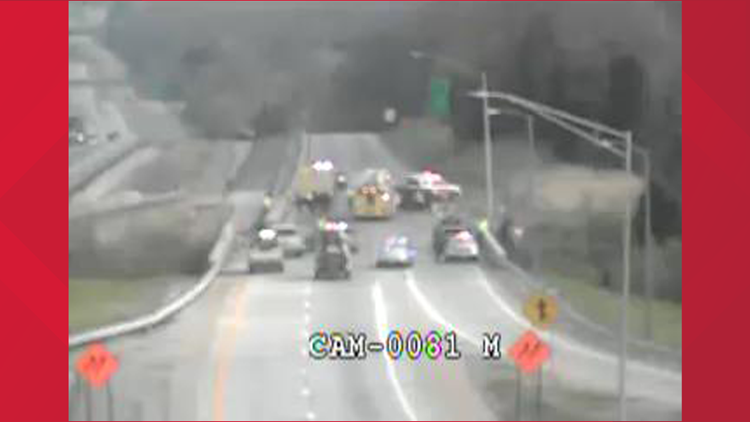 35-year-old killed in crash on I-265 North near Taylorsville Road