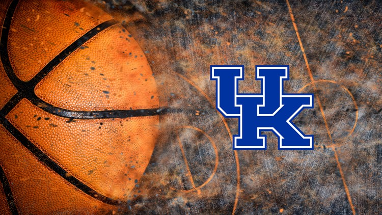 Kentucky hangs on to snap four-game losing streak against Auburn 82-80