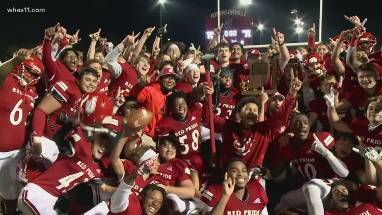Jeffersonville continues playoff run, defeats New Albany