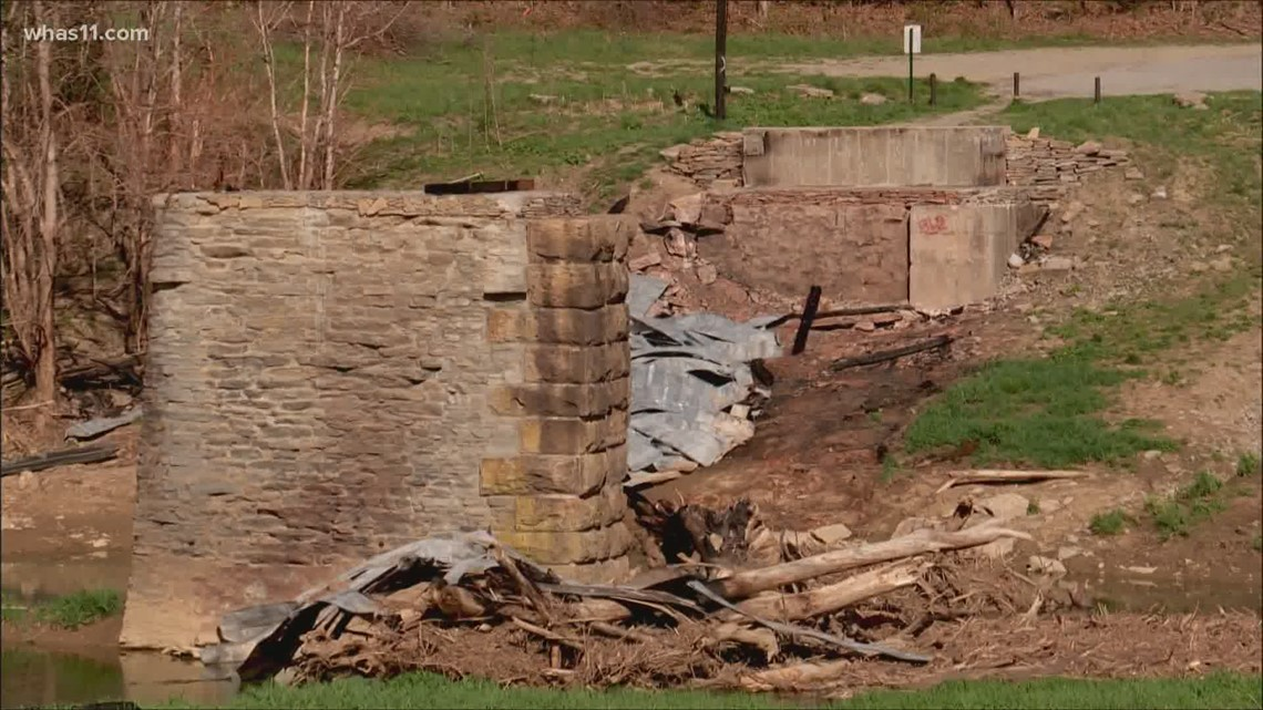 Reward offered after historic Mt. Zion covered bridge destroyed in fire believed intentionally set