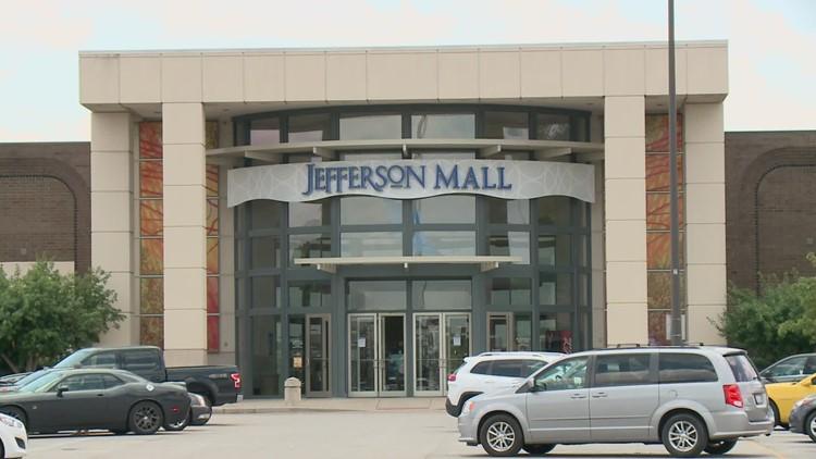 Jefferson Mall extends hours beginning Thursday