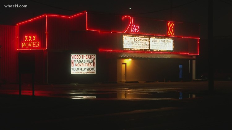 Before it was Theatair X, it was a beloved drive-in. Families of original owners left 'horrified'