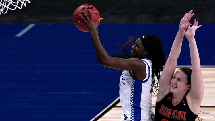 Howard, Patterson lead No. 18 Kentucky women in NCAA opener