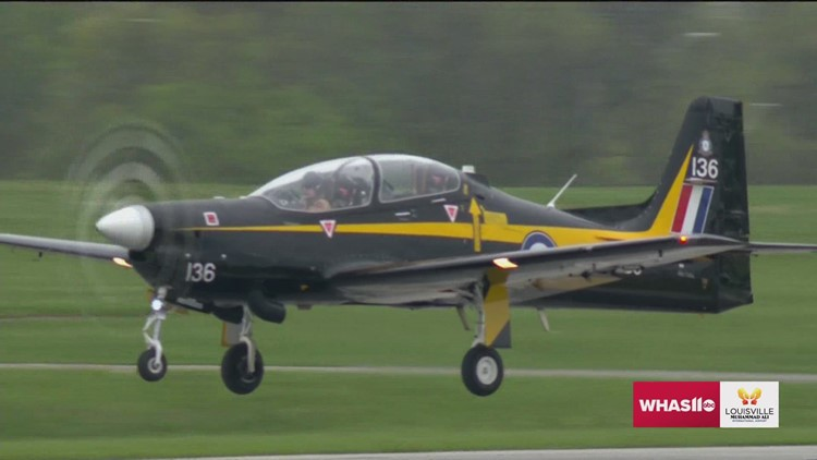Louisville's Lee Leet honored during Thunder Over Louisville air show