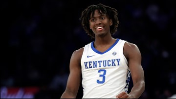 Maxey leads No. 2 Kentucky past No. 1 Michigan State 69-62
