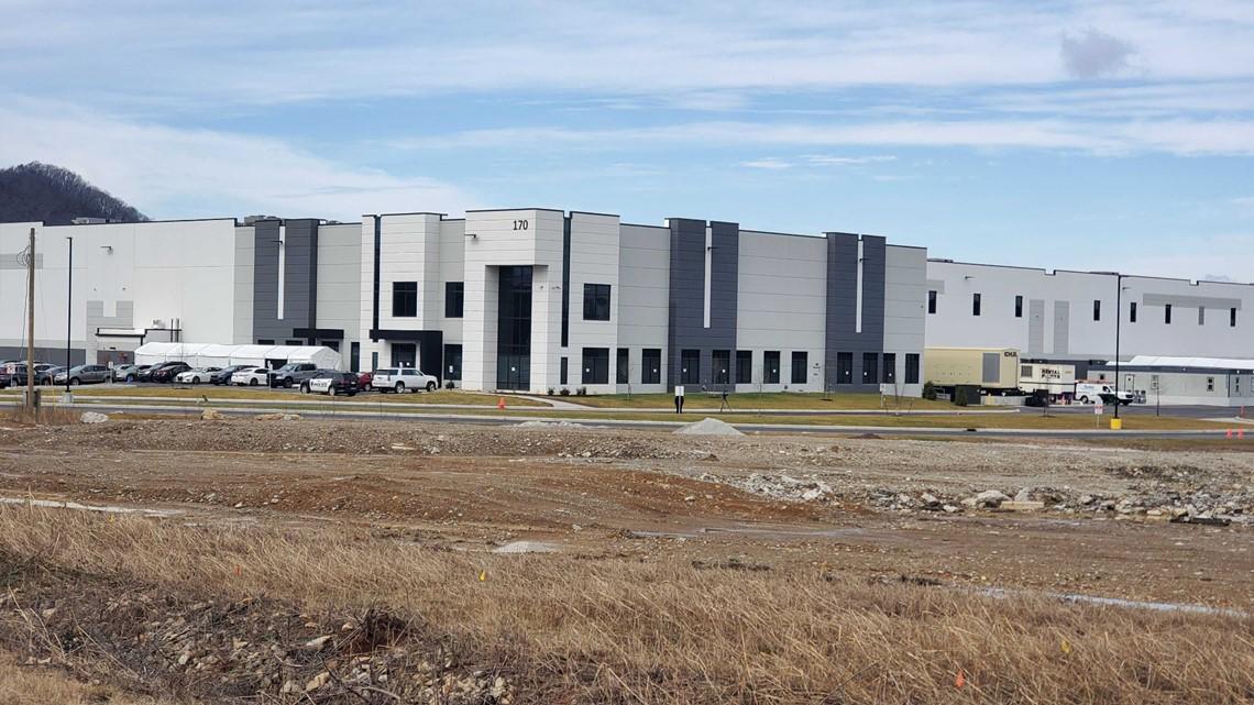 Shepherdsville facility sends Johnson & Johnson vaccines to UPS Worldport