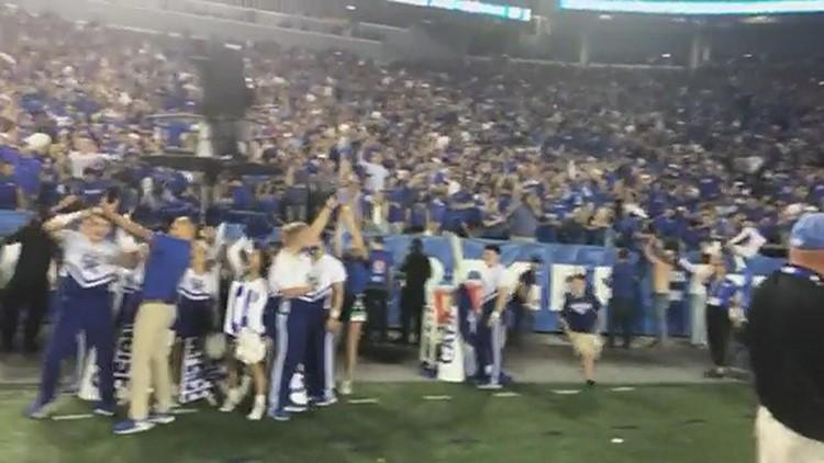 Watch: Fans storm Kroger Field after Kentucky Wildcats upset Florida Gators 20-13